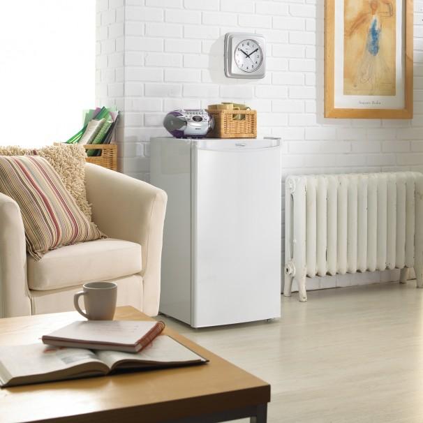 21723 - fridge - DCR032A2WDD - room