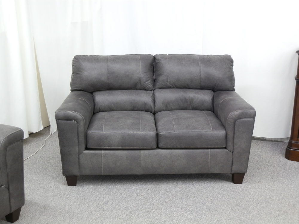 22927 Loveseat